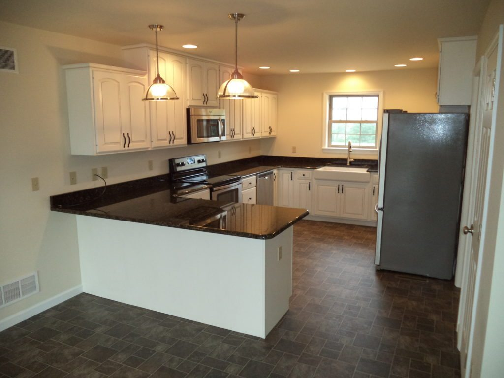 Roosevelt Reverse Floor Plan Modified Layout Kitchen with Optional Peninsula Countertop